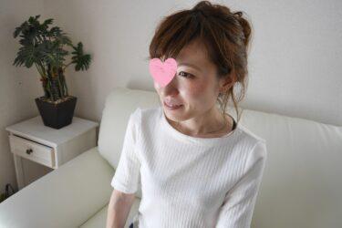 32歳リアル人妻さんのエロビデオデビュー(マン汁あり)